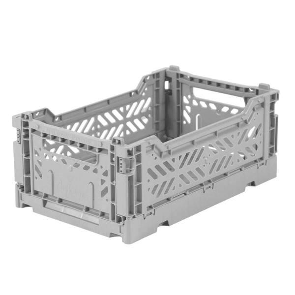 Mini gray MINIBOX: - Medidas exterior: 27 x 17 x 10,5 cm - Medidas interior: 24,6 x 15,7 x 10,4 cm - Medidas plegada: 27 x 17 x 3 cm - Capacidad 4 litros - Resiste hasta 2,5 kg