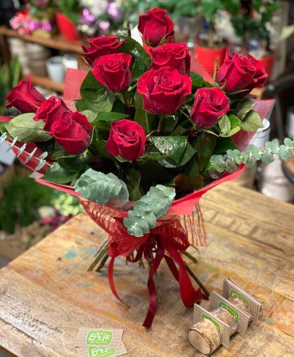 Feelings 12 roses