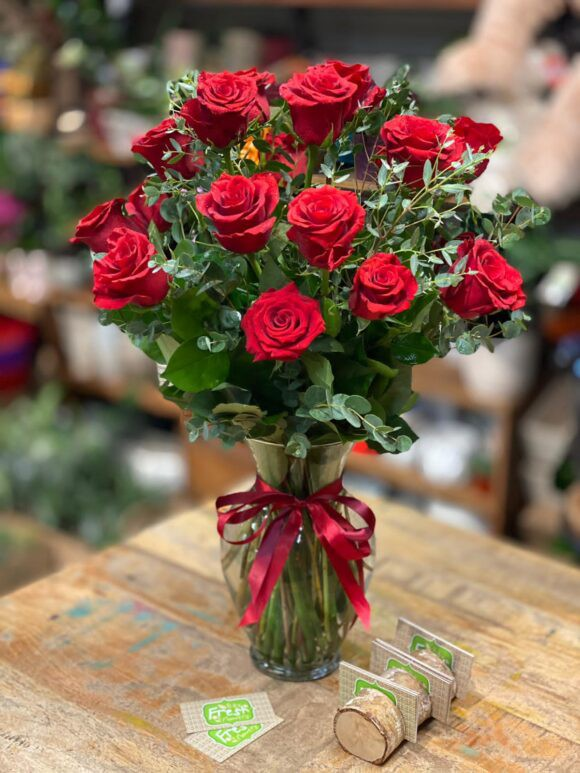 Timeless classic 24 roses