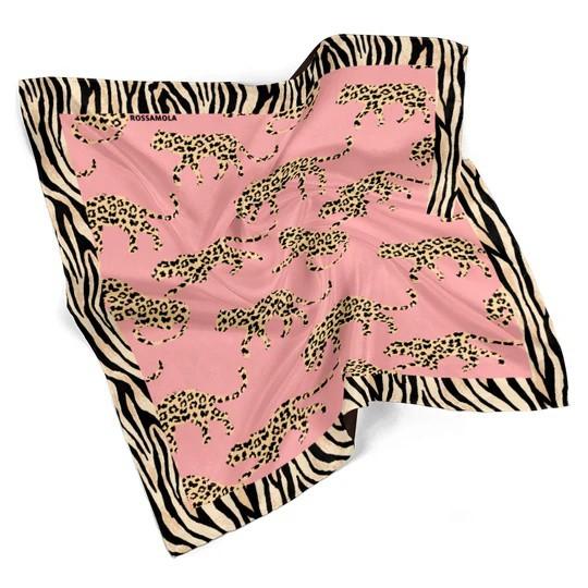 Pañuelo Safari Pink Mediano (70x70cm)
