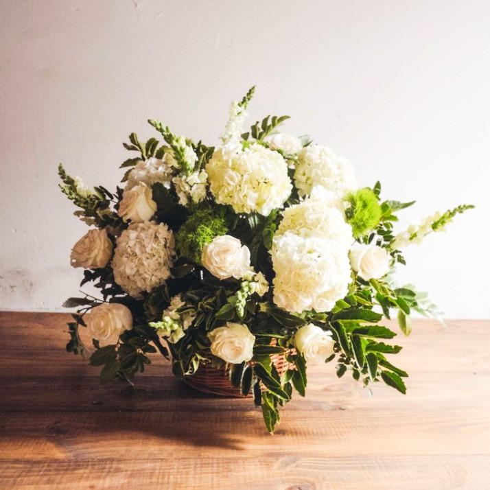 Flores para condolencias 1 canasto