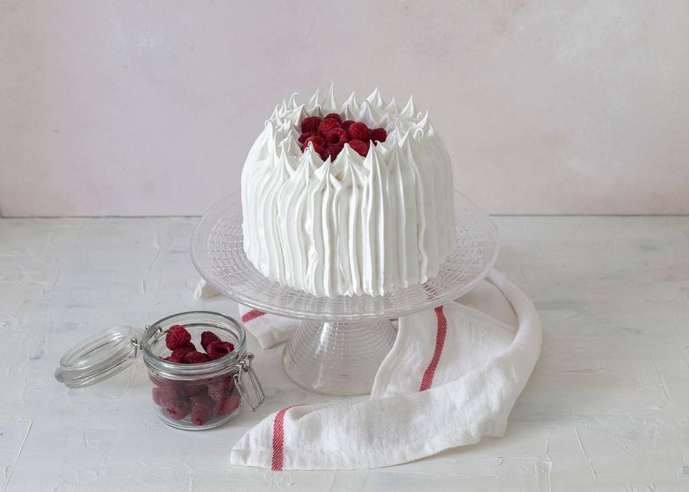 Torta de merengue y frambuesa Para 6 personas