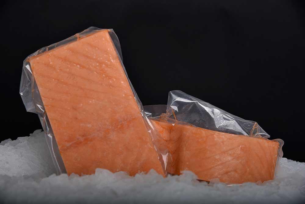 Salmón s/piel porcionado Bolsa 1 kg.