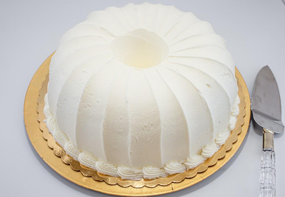 Lemon pound bundt cake with vanilla icing Large
