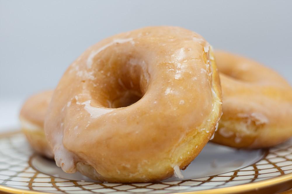 Glazed donuts 6 ct