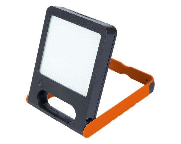 Lampara Led Solar Lutec 2,4W Luz Blanca Con Usb