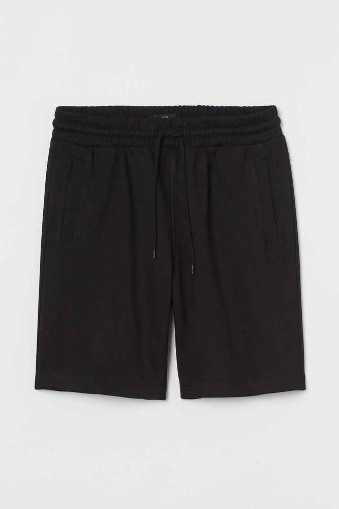 Shorts Color: black. Size: l