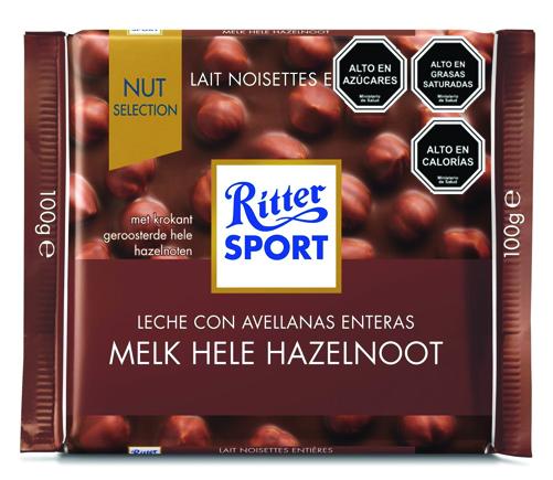 Chocolates de leche con avellanas enteras