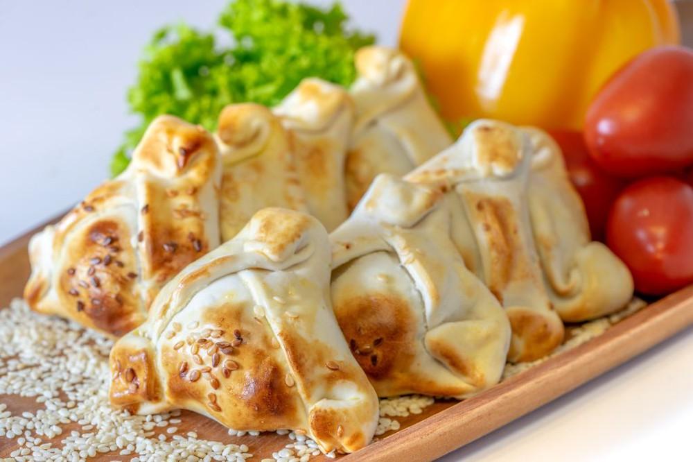 Empanada horno cóctel queso camarón 10 Unidades