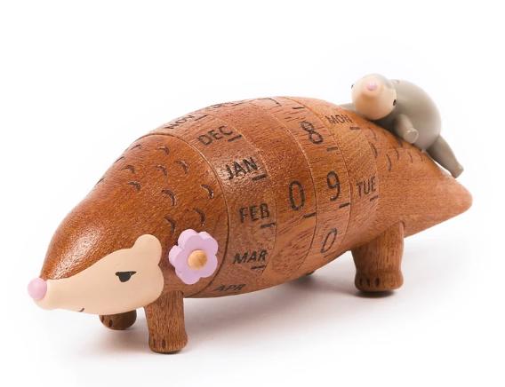 Deco wooderful life– calendario / pangolin