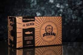 Barf de salmon para perro