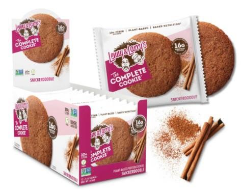 Complete cookie - snickerdoodle