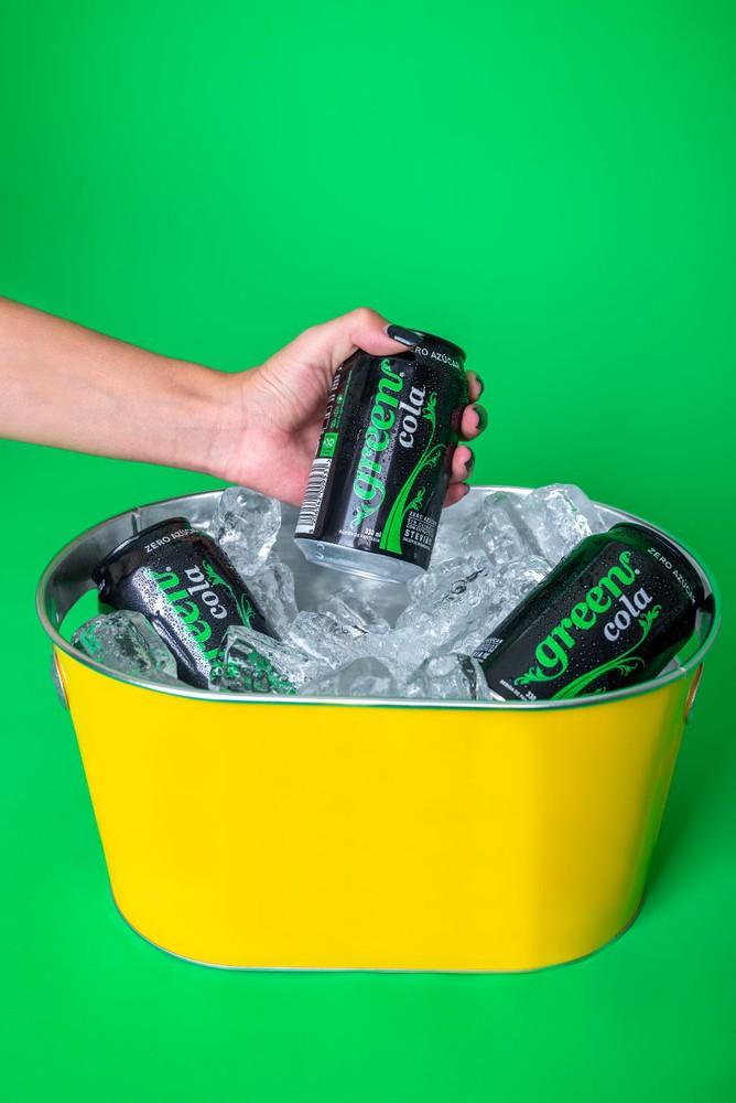 Green cola six pack 1.98 lt