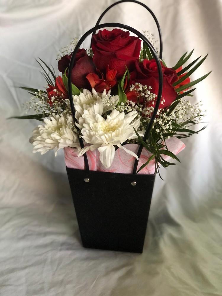 Cartera con rosas
