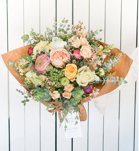 Mother's day bouquet Signature Size