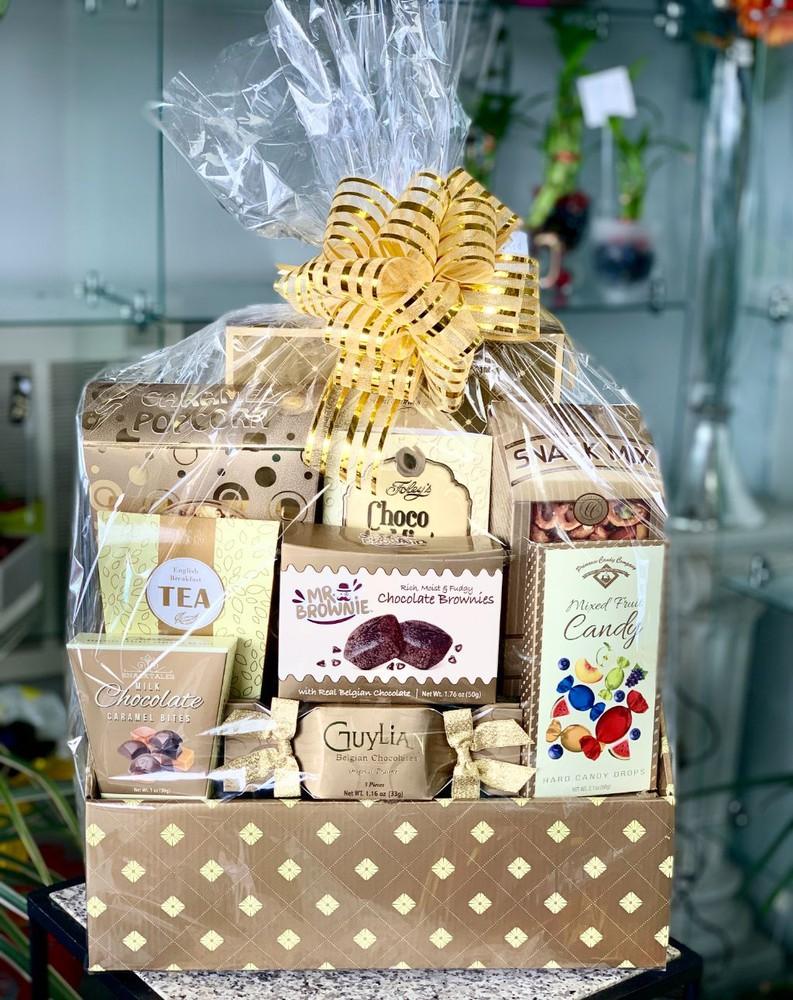 Some Like it Sweet Gift Basket