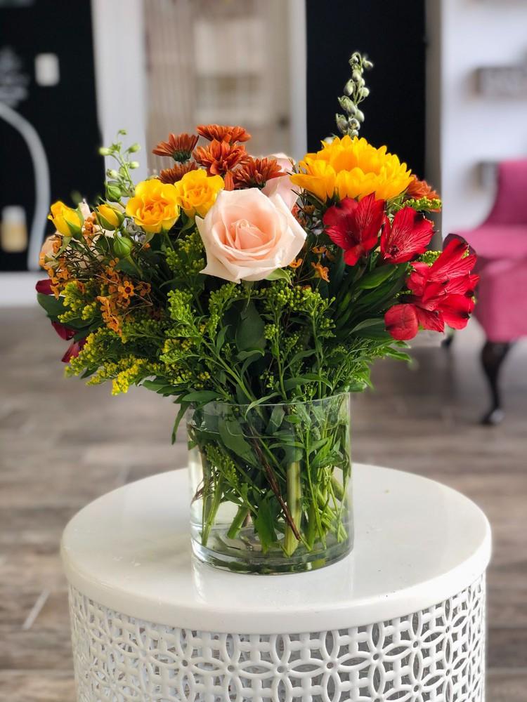Medium seasonal vase
