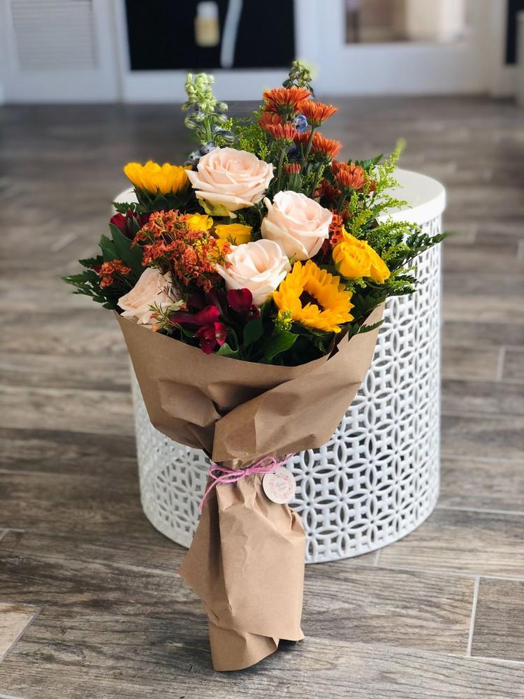 Medium seasonal wrapped flowers