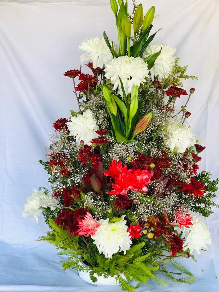 Arreglo floral grande Rojo con Blanco