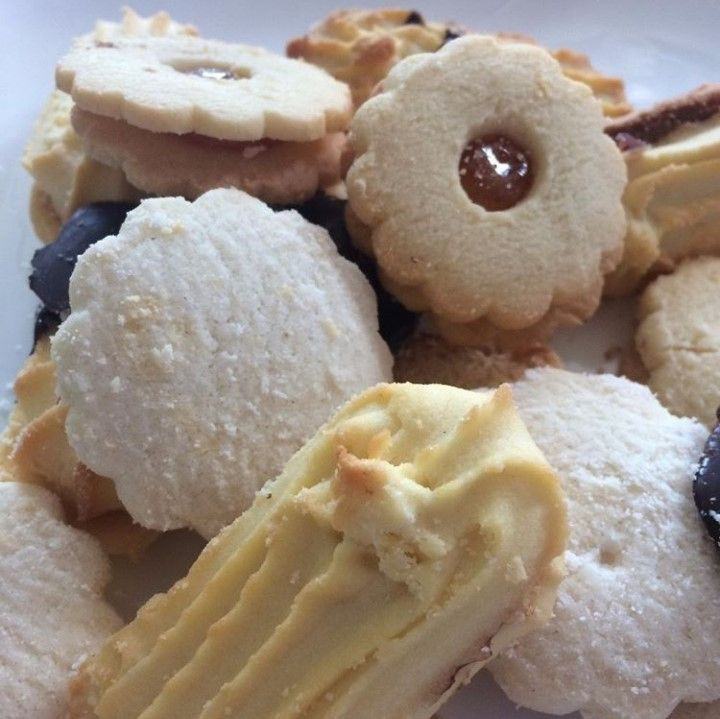 Galletas finas surtidas 1 caja con 15 galletas surtidas