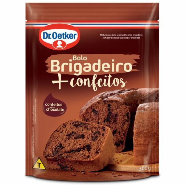 Mistura para bolo de brigadeiro com confeitos