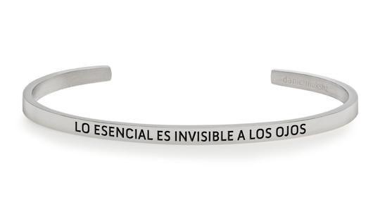 Pulsera lo esencial es invisible a los ojos plata
