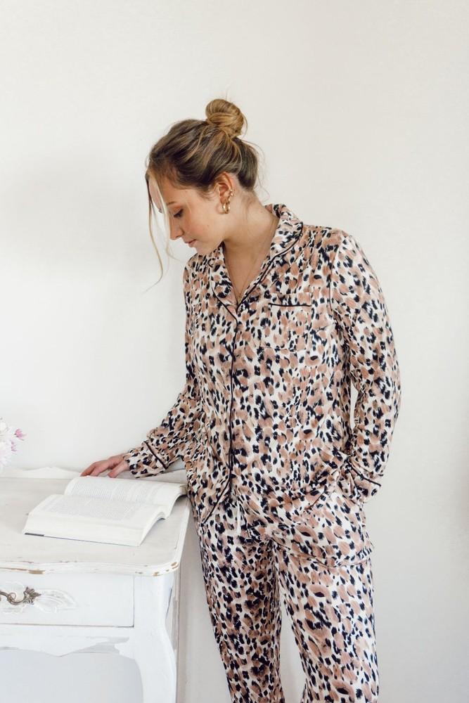 Pijama marie set largo leopardo beige TALLA M
