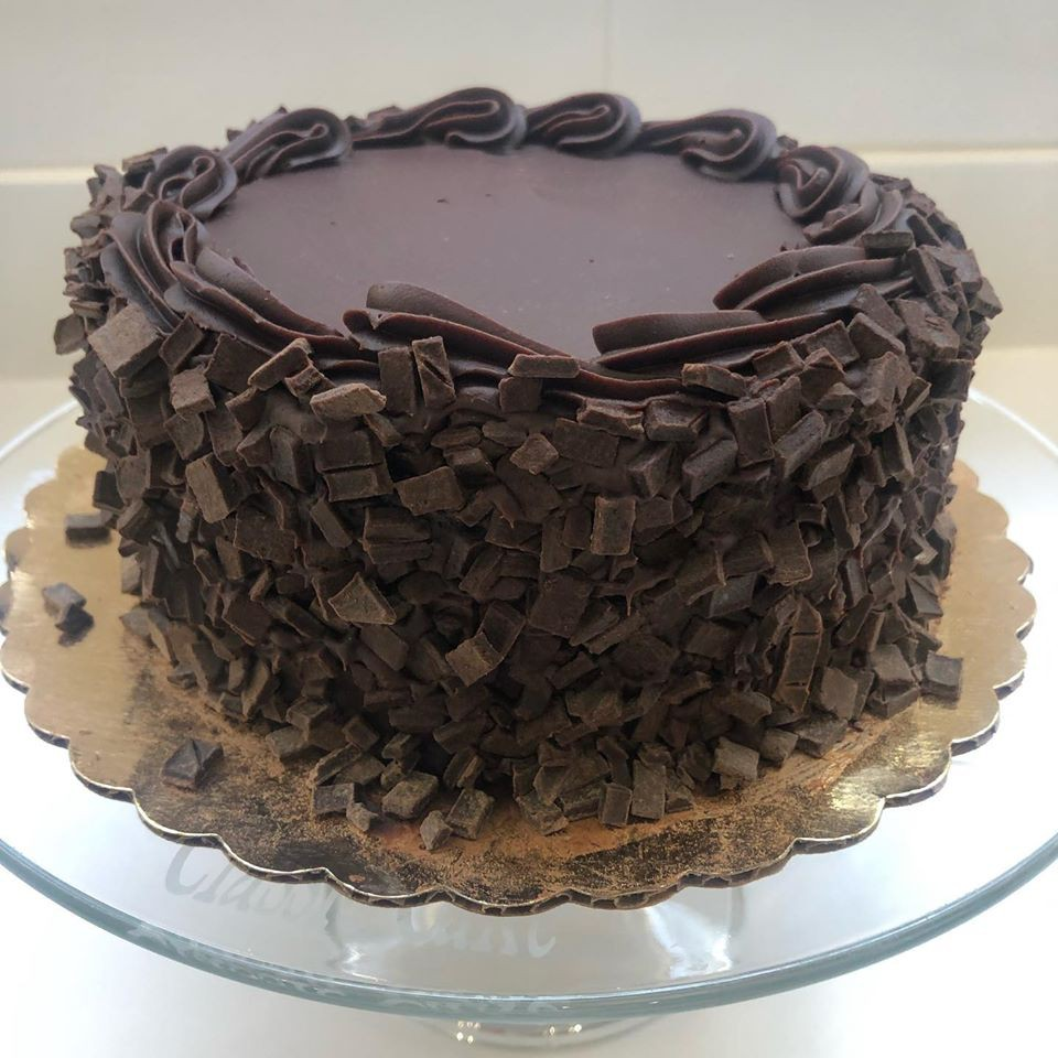 "Chocolate fudge 7"" cake"