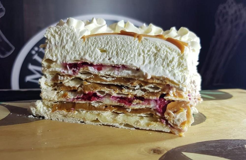 Torta sureña frambuesa Unidad 12p