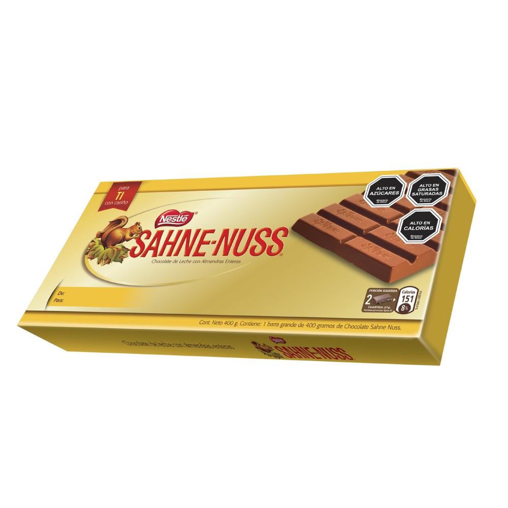 Chocolate de leche con almendras enteras