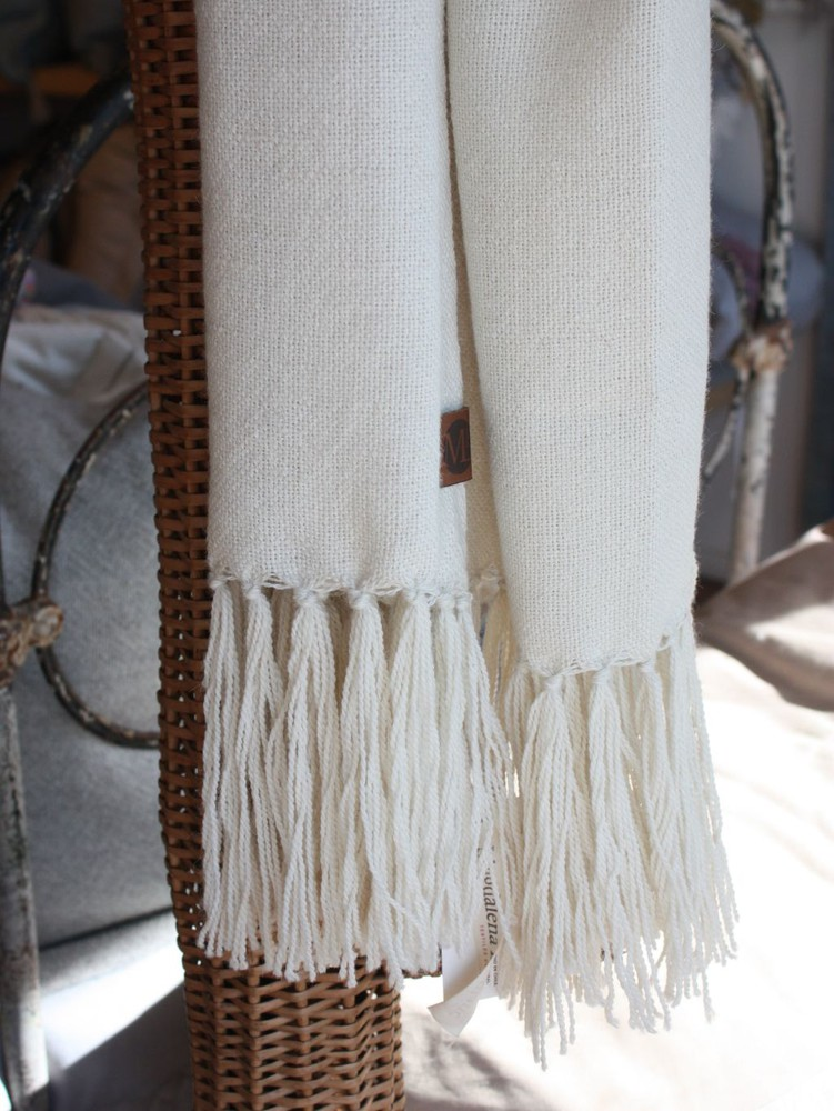 Chal de vestir de alpaca crudo