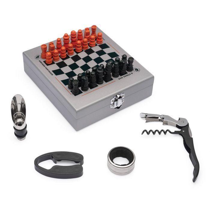 Kit vinho e jogo de xadrez verde