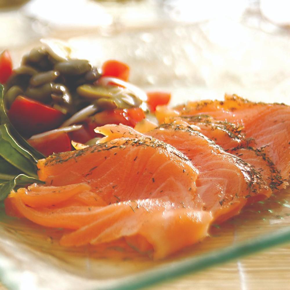 Salmón gravlax filete entero rebanado