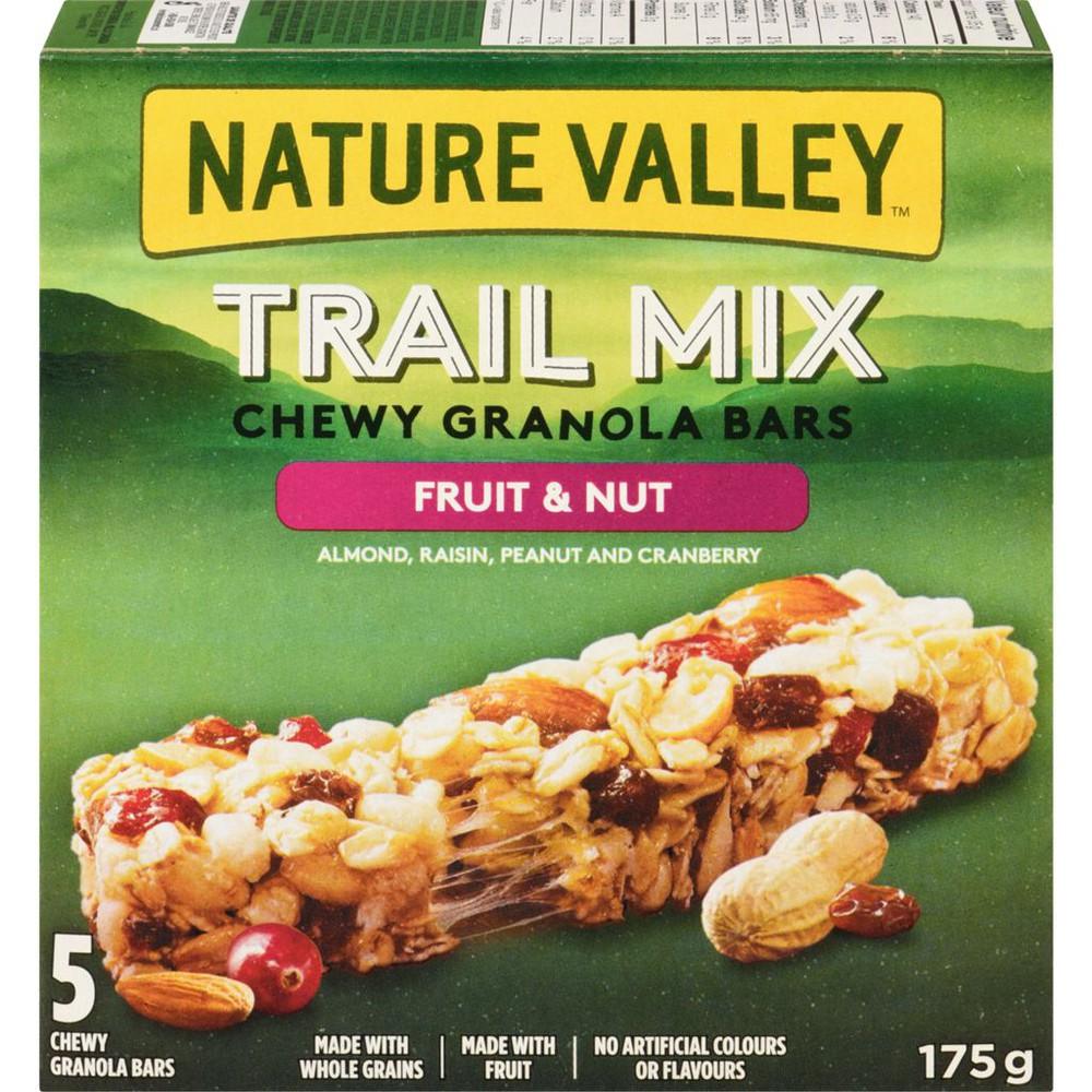 Chewy trail mix granola bars fruit & nut