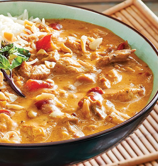 Spicy Panang Chicken Simmer Sauce