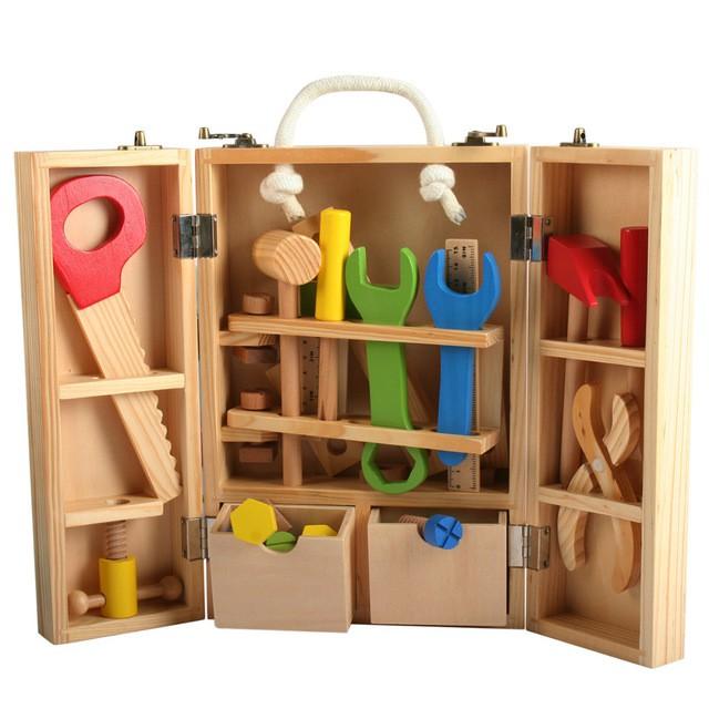 Caja de herramientas Empaque de 30 x 20 cm. aprox.