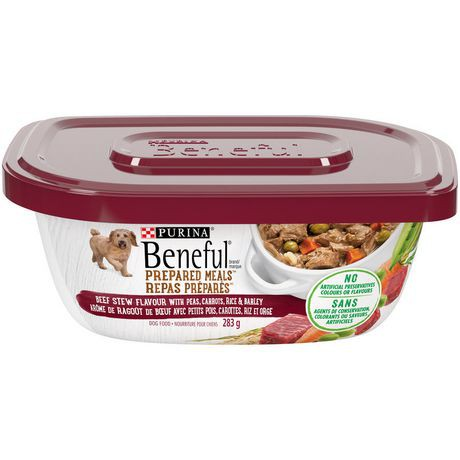 Prepared meals beef stew flavour dog food