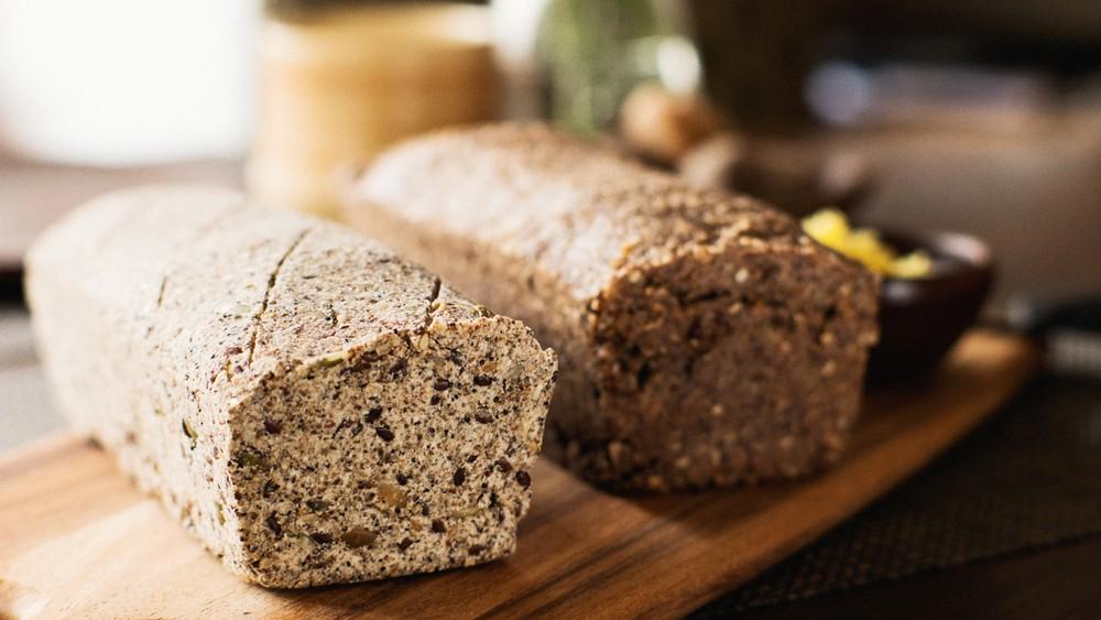 Pan de semillas de zapallo y amapolas. 700 grs.