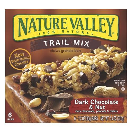 Barra de cereal con chocolate negro y maní
